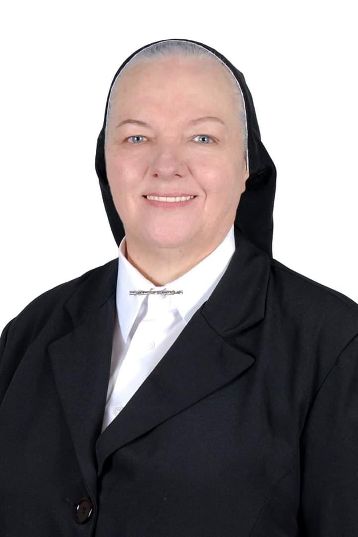 Superiora Geral - Katia Regina Segateli